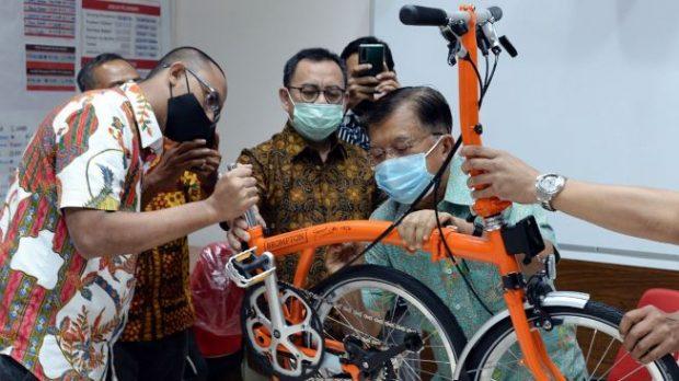 Brompton Spesial Lelang Palang Merah Indonesia Laku Rp 200 Juta!